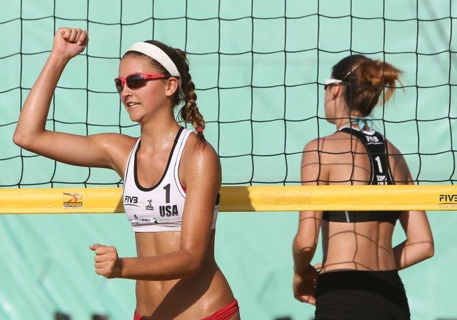 Dragon-Volleyball-Haley-Hallgren.jpe