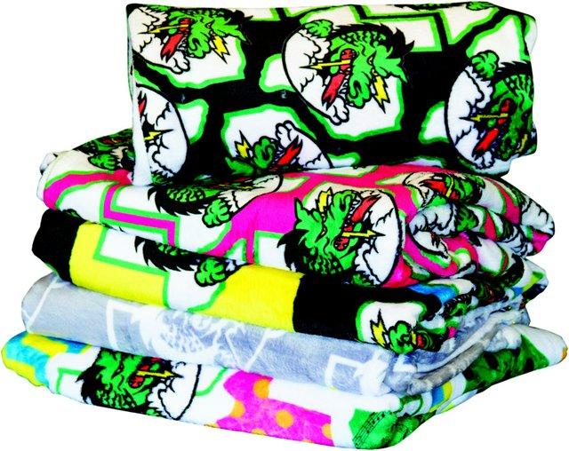 dragon-pride-blankets.jpe