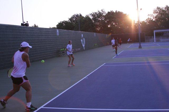 Tennis-072_5B11_5D.jpe