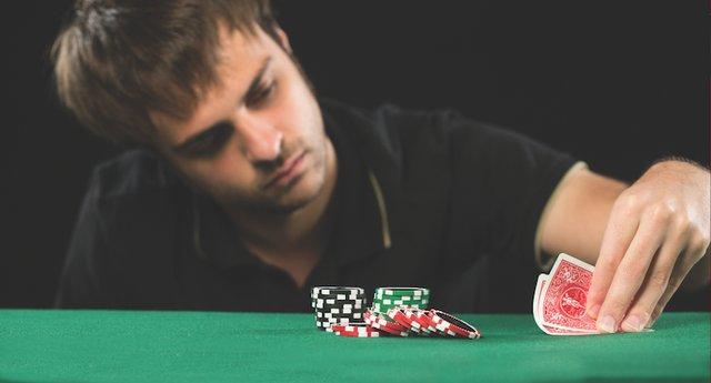 Bryan_poker2_web.png