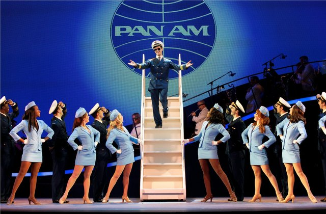 CatchMe0192r_-_The_Catch_Me_If_You_Can_Tour_Company_Photo_by_Carol_Rosegg_SMALL.jpe