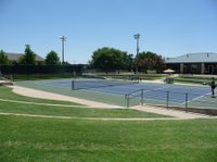 TennisCourt_web.jpe
