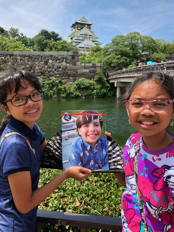 Osaka Castle and Isabelle (left) and Gabrielle Velasco (right).JPG