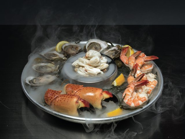 Trulucks_SeafoodPlatter.jpg