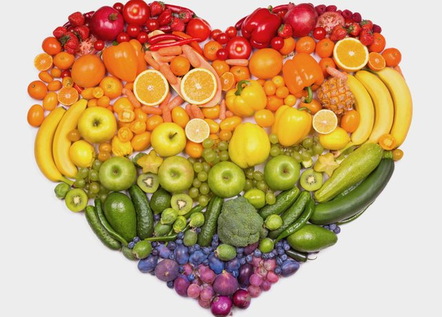 Rainbow heart of fruits and vegetables
