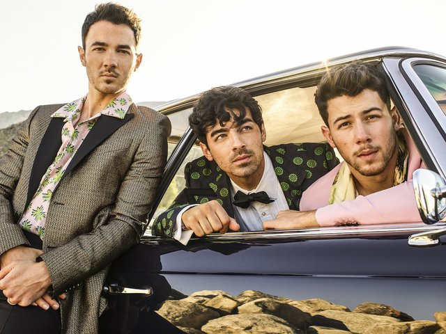 Jonas Brothers pc- Peggy Sirota 4 copy.jpeg