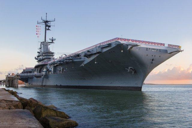 LEX - Ship Exterior Flags copy.jpg