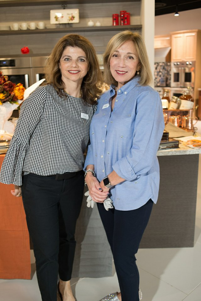 Photo 1 - Almu Santiago, Kathleen Knight with Williams Sonoma.jpg