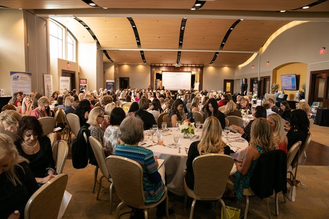 389womenslunch19.jpg