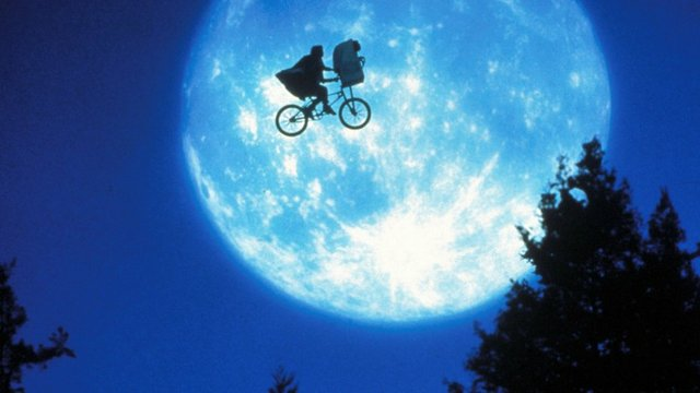 e.t._the_extra-terrestrial_-_h_-_1982 copy.jpg