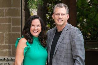 Thomas and Sharon Michael Super Agents 2020