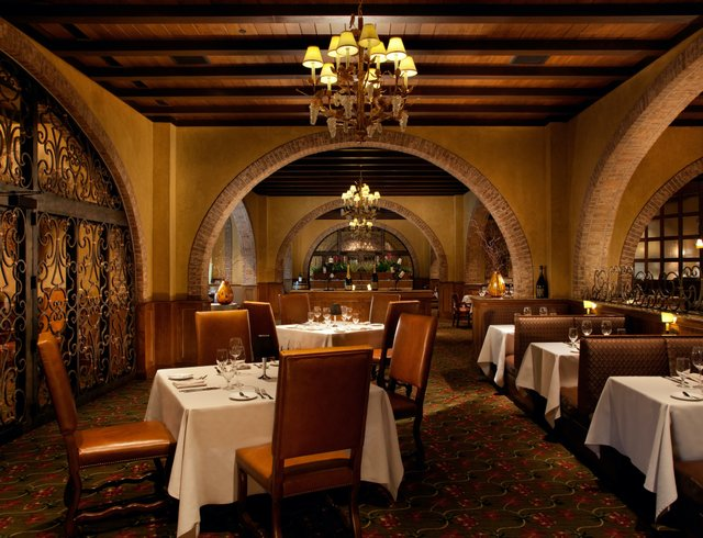 Old Hickory Steakhouse_interior.jpg