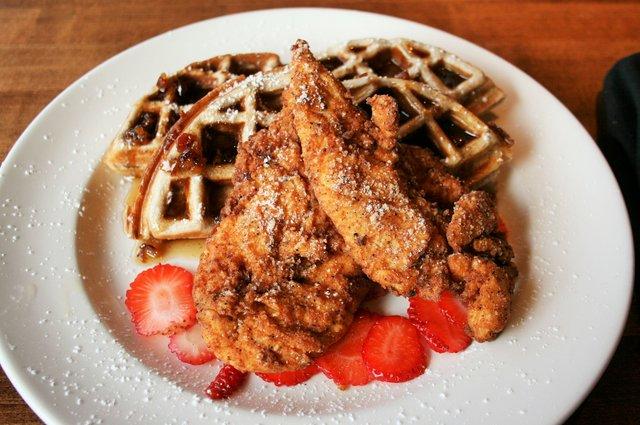 Winewood_Chicken Waffles.jpg