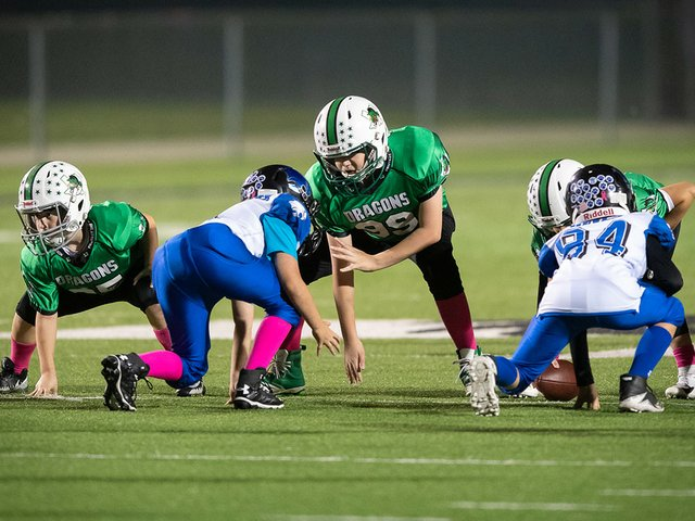 Feature_YouthFootball.jpe