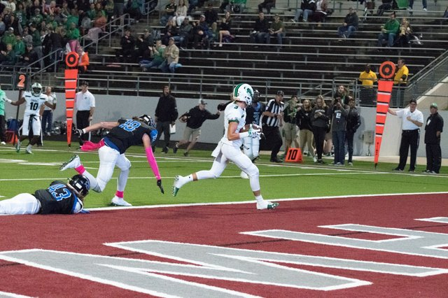 Dragons Roll Over Byron Nelson To Remain Undefeated Southlake