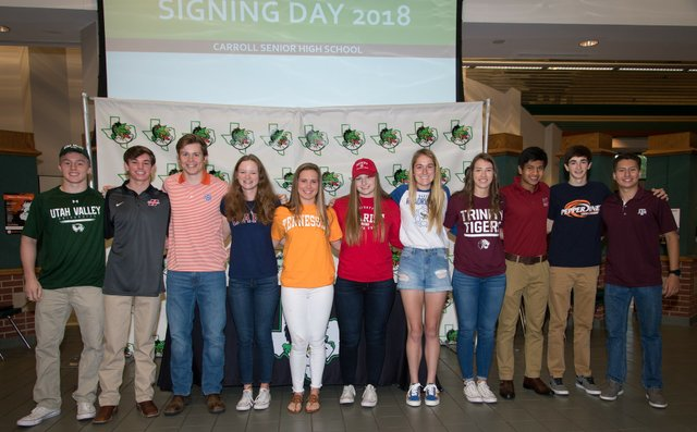 Carroll_20Signing_20Day-20180411-0061.jpe