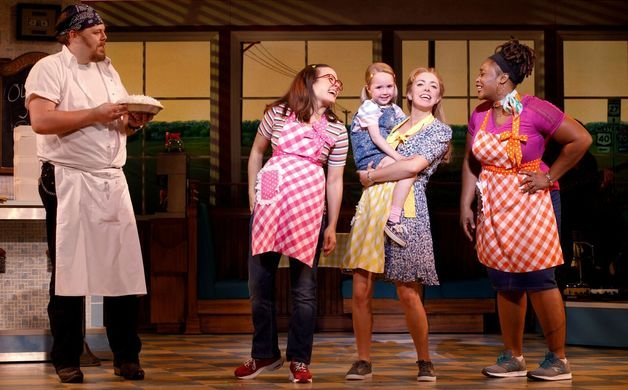 _20Dunkin_20and_20the_20Cast_20of_20the_20National_20Tour_20of_20WAITRESS_20with_20Lulu_20_20Credit_20Joan_20Marcus_200385r_preview.jpe