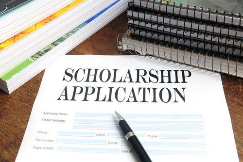 Scholarship-Photo.jpe
