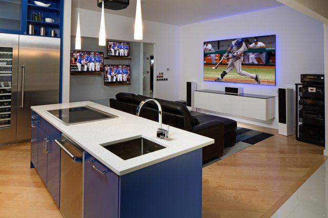 Thermador_Blue_Kitchen.jpe