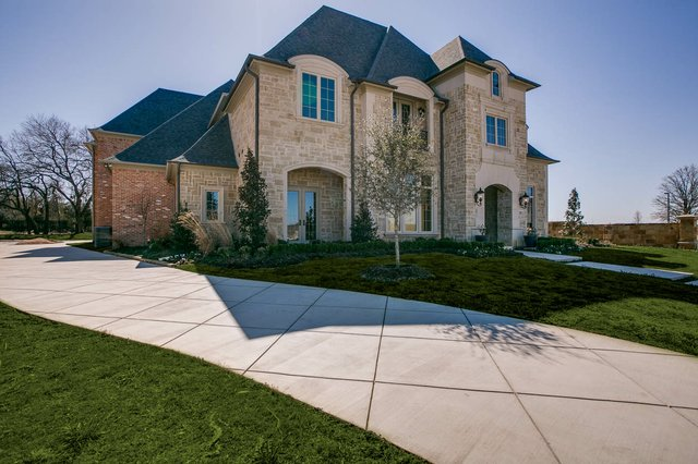 Elevation_20-_20Southlake_20Custom_20Luxury_20Home.jpe
